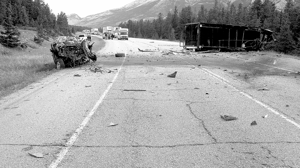 Victoria man dies in Highway 16 collision – Jasper's source for news