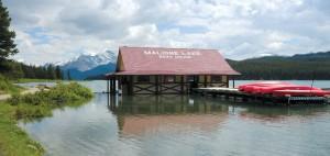 Maligne Lake Boathouse. | N. Veerman photo